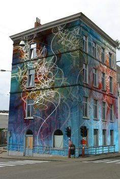 Completely graffitied building by Nuno de Matox