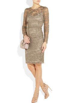 This D dress would make an excellent wedding guest ensemble!