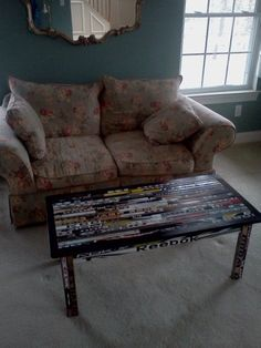 Coffee table made out of hockey stick shafts...if only I was good with wood working...