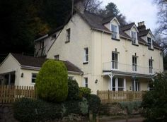 Hollytree House, Symonds Yat West, Wye Valley, Herefordshire (Sleeps 1-22) Self Catering Holiday Accommodation in Wales. Treat Yourself – Luxury – Travel – UK - Canoeing