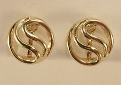 Gold Tone All Metal Small Round Clip On Earrings with Swirl Pattern Very Sweet by JohnGermaine on Etsy