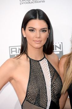 11/23/14 - Kendall Jenner at the 2014 American Music Awards in LA.