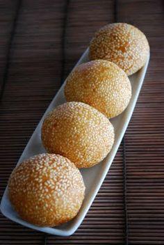 craftyc0rn3r: Sesame Balls - Banh Cam