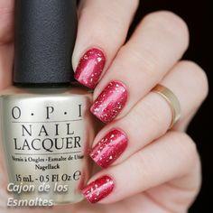 Uñas decoradas con rojo y oro - OPI Pure y Golden Rose matte velvet