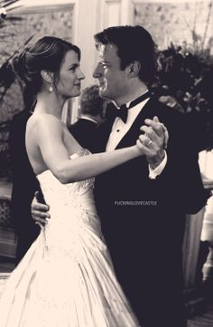 Caskett wedding. AHHHHHHH I CAN'T EXPRESS THE LOVE I HAVE FOR THIS SHOW!!!!!!!!!