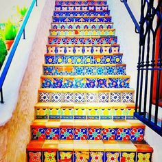 Azulejos stairs but with wood treads Style Marocain, Tile Stairs, Mosaic Stairs, Mosaic Tiles, Tiled Staircase, Tile Art, Painted Stairs, Stairway To Heaven, Mexican Style