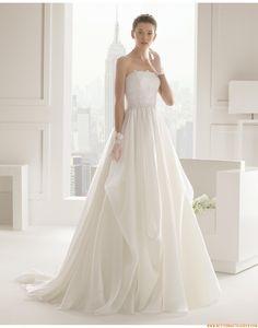 2015 Ausgefallene Luxuriöse Elegante Brautkleider aus Organza mit Schleppe