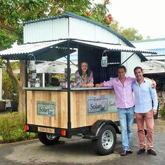 Suntoy welcomes Jean Phillippe Daulaud and Nick Wiehe from Mauritius to our fami FoOd TrUcKiN Food Cart Design, Food Truck Design, Coffee Food Truck, Taco Cart, Mobile Coffee Shop, Mobile Food Cart, Bike Food, Coffee Trailer, Mobile Cafe