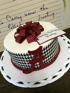 Best Of AmericanTowns delivers the most interesting and unique places in America right to your fingertips. Browse the best places to eat, live, and visit. Alabama Birthday Cakes, Alabama Grooms Cake, Alabama Cakes, Auburn Cake, Sunshine Cake, Sweet 16 Cakes, Sport Cakes, Cupcake Cakes, Cupcakes