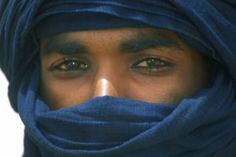 The term Tuareg or Targi singular applies to many groups who share a common language and a common history. Ethnically, there Tuareg descent Berber and various groups of black Africa.