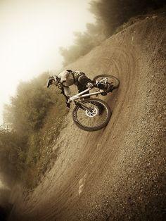 MTB Action http://www.ovizun.com Please follow us @ http://www.pinterest.com/wocycling/ (Thx Cycling)