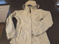 The North Face light weight womens jacket size S, Ivory off white color #TheNorthFace #BasicJacket #Outdoor