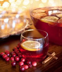 Easy, delicious, and healthy recipe for cranberry punch using light cranberry juice cocktail and diet ginger-ale. Fall Drinks, Christmas Cocktails, Holiday Drinks, Holiday Cocktails, Holiday Recipes, Thanksgiving Cocktails, Holiday Ideas, Thanksgiving Food, Disney Cocktails