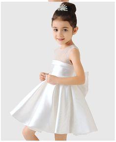 Bagaimana sih memilih model baju pesta anak perempuan atau baju pesta anak  perempuan  Lalu seperti ff89f52d21