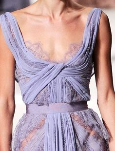 Elie Saab at Spring Couture 2011 - lovely lavender details. Fashion Week, Runway Fashion, High Fashion, Fashion Beauty, Feminine Fashion, Fashion Ideas, Elie Saab, Haute Couture Style, Couture Details