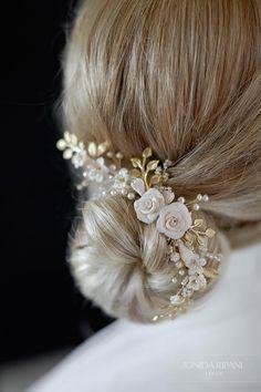 Isi | Bridal Headpiece, Bridal Comb, Floral Headpiece, Jonida Ripani