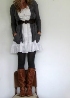 Love these brown boots <3