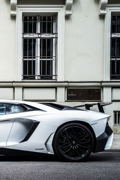 cknd:  Lamborghini Aventador SVbyTheCarhotel  CKND
