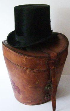 Vintage Antique Antique Dunlap Sons Black Edwardian Beaver Fur Mens Top Hat w/Original Leather Case - Vintage Hat Boxes, Vintage Love, Antique Boxes, Vintage Purses, Vintage Antiques, Vintage Items, Leather Hats, Leather Box, Vintage Leather
