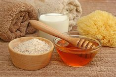 The ultimate oatmeal mask for pregnancy acne Homemade Face Pack, Face Scrub Homemade, Homemade Facials, Homemade Beauty, Homemade Moisturizer, Baking Soda Exfoliant, Oatmeal Mask, Pregnancy Acne, Honey Face Mask