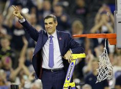 HOUSTON (AP) — Jay Wright may still be the best dressed coach in college basketball. Now he has a national championship to go with those expensive suits. Basketball News, College Basketball, Cannabis, Expensive Suits, National Championship, Photo L, Got Him, Jay, Presidents