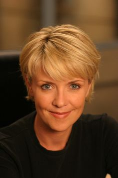 Whether she is playing Samantha Carter (Stargate SG-1) or Helen Magnus (Sanctuary), Amanda Tapping is awesome!!!.