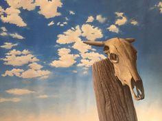 .: #EduCardoso questiona as #memórias #digitais com #pinturas #realistas