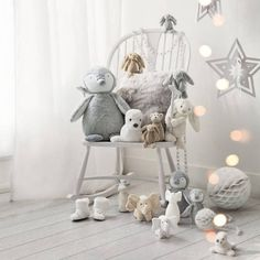 winter holiday decorations and party ideas