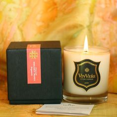 Orange peel, Earl Grey tea, and the Calabria countryside combine to create a relaxing scent.