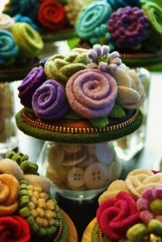 Wool Flowers... Filling the shakers with white buttons! by woolly  fabulous, via Flickr