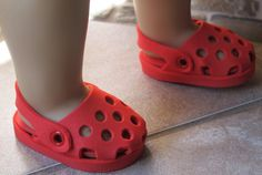 Fellow artisan Mary Montecalvo made these for those cute little feet! #CraftyThursday Interested to know how to do this? Join our community at https://www.facebook.com/groups/GrowWithNancy/ and keep in touch.