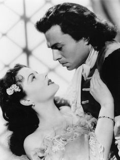 The Wicked Lady (1945): Margaret Lockwood and James Mason.