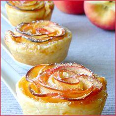 """Roses feuilletées aux pommes - J'ai complètement craqué pour ces petites roses de pommes élégantes et raffinées dès que je les ai vus chez """"Les ..."""