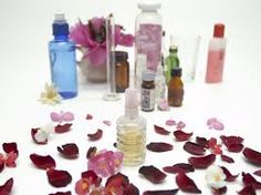 How to Use Fragrance Oils. Fragrance oils are manufactured oils developed for their pleasant scents. Fragrance oils are not to be confused with essential oils. Fragrance oils, also called burning oils or perfume oils, can be used in. Essential Oil Perfume, Perfume Oils, Essential Oils, Healthy Beauty, Health And Beauty Tips, Diy Fragrance Oil, Best Perfume For Men, Popular Perfumes, Homemade Beauty Recipes