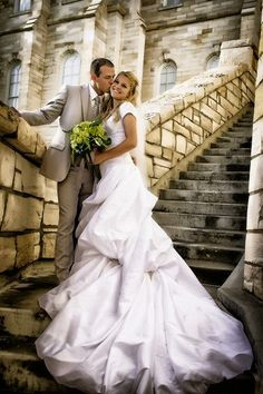 Love this pic!!! It's so beautiful!!! With the brickwork! I want one like this when I get married! :)