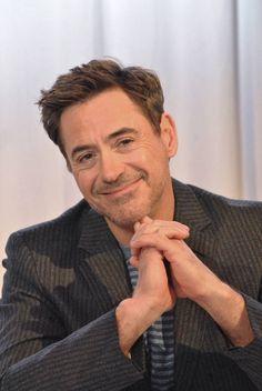 Robert Downey Jr Young, Robert Downey Jnr, French Beard Styles, Tony Stank, Iron Man Avengers, Man Thing Marvel, The Big Four, Downey Junior, Marvel Actors
