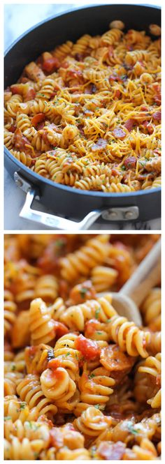 One Pot BBQ Chicken Pasta - Loaded with tangy BBQ sauce and crisp bacon. It's so easy, even the pasta gets cooked right in the pot! Good Food, Yummy Food, Real Food Recipes, Cooking Recipes, Cheap Recipes, Tasty, Cooking Games, Quick Recipes, Pasta Dinners
