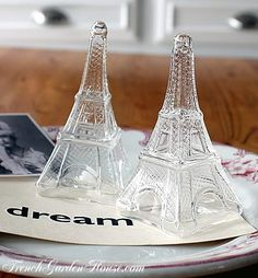 Eiffel Tower Salt & Pepper Shakers.... gotta get these for my mom for mothers day!