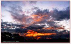 Os reflexos da luz do sol sobre as nuvens!