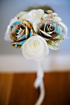 Wire & Paper Paper Flowers from New, Recycled, Handmade and Vintage Paper Handmade Flowers, Diy Flowers, Fabric Flowers, Wedding Flowers, Faux Flowers, Real Flowers, Pretty Flowers, Wedding Bouquet, White Flowers