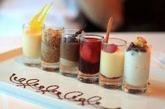 Mini postres en las mesas de dulces para bodas | Mini-desserts for wedding dessert tables