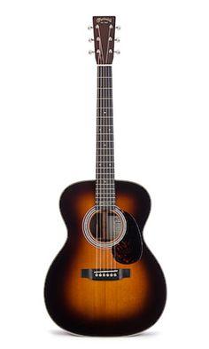 Martin guitar - 000-28M Eric Clapton Sunburst