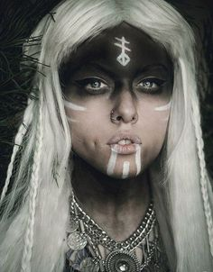 Ideas for makeup halloween witch make up halloween makeup witch - Halloween Makeup Halloween Makeup Witch, Witch Makeup, Halloween Kostüm, Facepaint Halloween, Halloween Costumes, Voodoo Makeup, Spirit Halloween, Halloween Drawings, Halloween Outfits