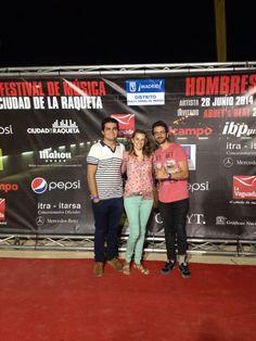 Concierto solidario de Hombres G en el V Festival de Música de Ciudad de la Raqueta
