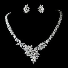 Best collection of perfect beautiful bridal jewelry sets - See more at http://bridalsetsguide.com/bridal-jewelry-sets/