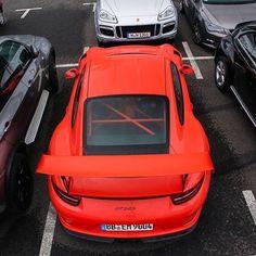 Porsche VS Porsche by @wealllovecars -------------------------------------------------#JLSupercar #autogespot #supercarpics1 #supercar #supercars #car #cars #cargram #carporn #carsofinstagram #carswithoutlimits #amazingcars247 #instacar #automotivedaily #exotics #hypercars #speedline #automotivegramm #sportscars #carinstagram #fast #carlifestyle #carlife #SLSupercar by supercarshunters1
