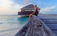 @_SleauxMeaux : RT @Jailyaa: Waiting for sunset #Maldives #luxurytravel #travelblog #beach #travelpics #luxuryhotel #czechgirl #blondie #dresses https://t.co/HQS6H7oore