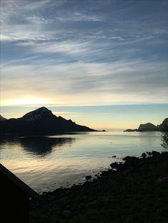 På hytta ♥️ Vetting, Lofoten Lofoten, Mountains, Nature, Travel, Naturaleza, Viajes, Trips, Nature Illustration, Outdoors