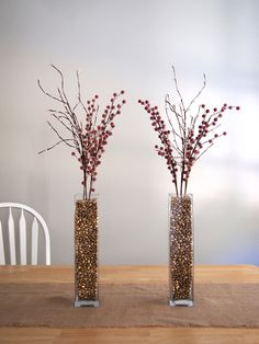Spray paint pinto beans, coffee beans, or ANY beans and put in a vase for a quick centerpiece. Neat!