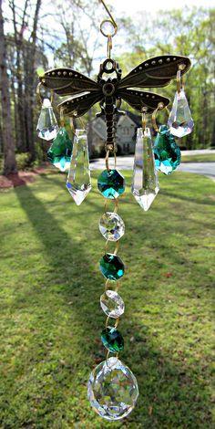 New Ideas Dragonfly Garden Art Sun Catcher Crystal Wind Chimes, Diy Wind Chimes, Glass Garden, Garden Art, Crystal Garden, Garden Beds, Mobiles, Christmas Tree Decorations, Christmas Ornaments